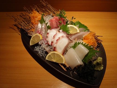 京都丹波黒地鶏かずき6おまかせ刺盛5種